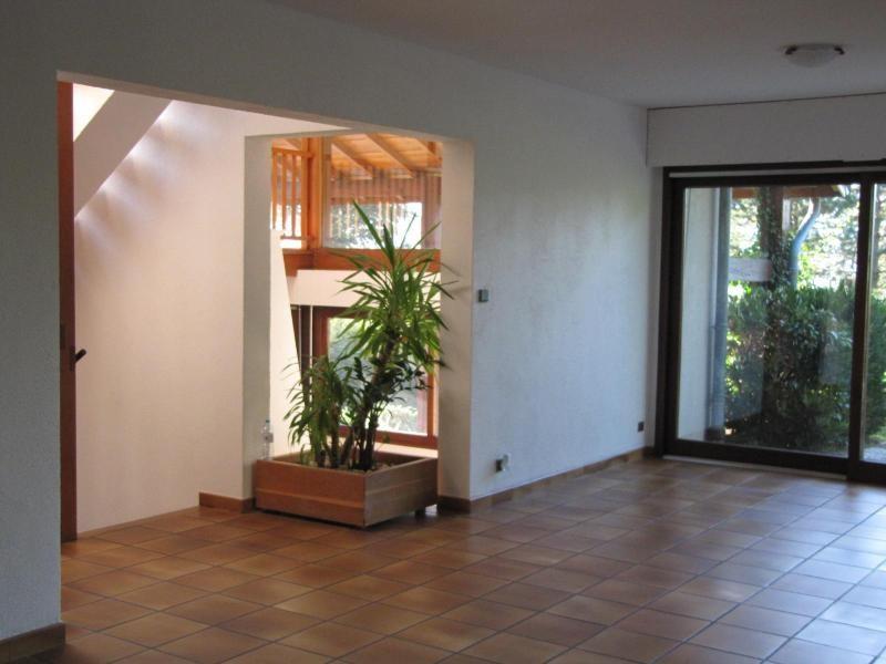 Location maison / villa St ismier 1859€ CC - Photo 8
