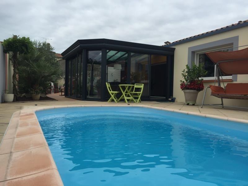 Sale house / villa Avrille 299520€ - Picture 1