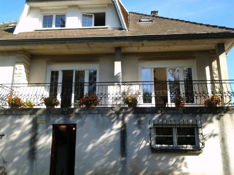 Sale house / villa Neuilly en thelle 262 000€ - Picture 1