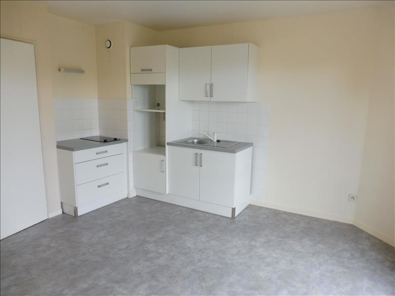 Sale apartment La roche sur yon 65000€ - Picture 2