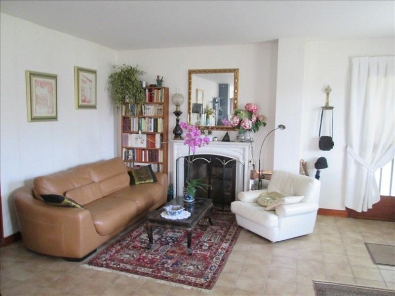 Sale house / villa Escource 212000€ - Picture 2