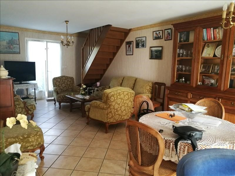 Sale house / villa La chaussee st victor 245000€ - Picture 2