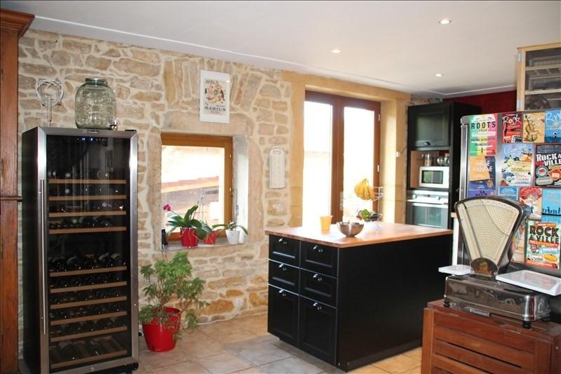 Sale house / villa Liergues 270000€ - Picture 2