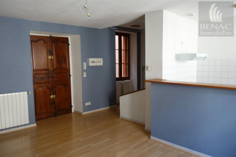Location appartement Realmont 450€ CC - Photo 1