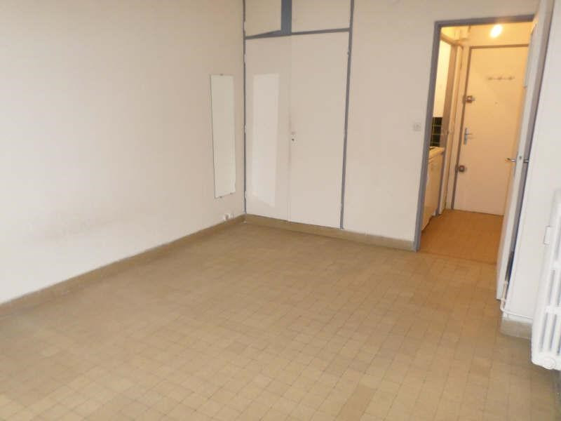 Location appartement Marseille 2ème 390€ CC - Photo 3