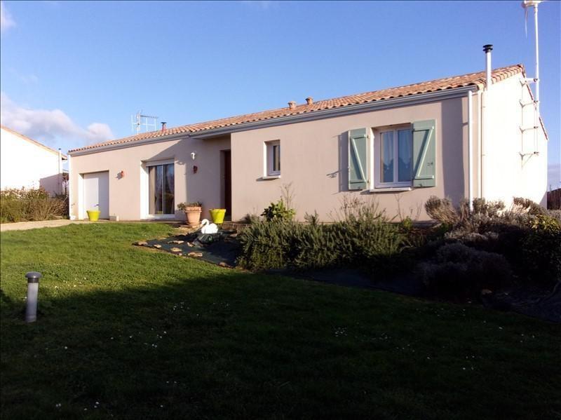 Sale house / villa Champdeniers st denis 156000€ - Picture 1