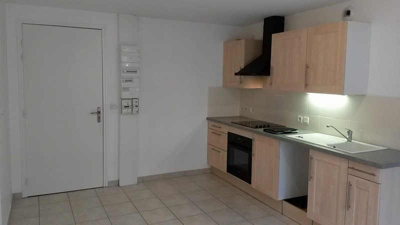 Location appartement St lo 393€ CC - Photo 1