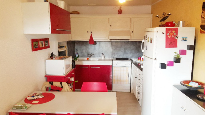 Sale house / villa Saint laurent sur sevre 95 100€ - Picture 2
