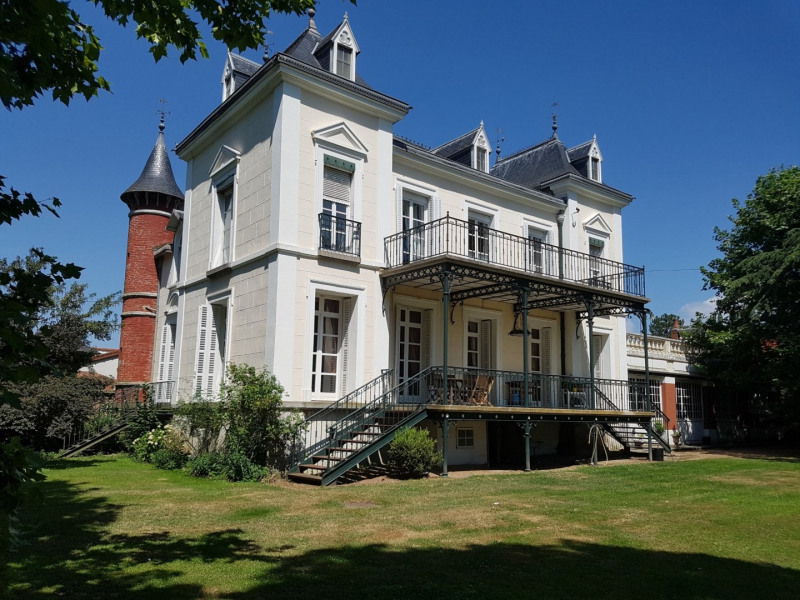 Deluxe sale house / villa Bully 1480000€ - Picture 17