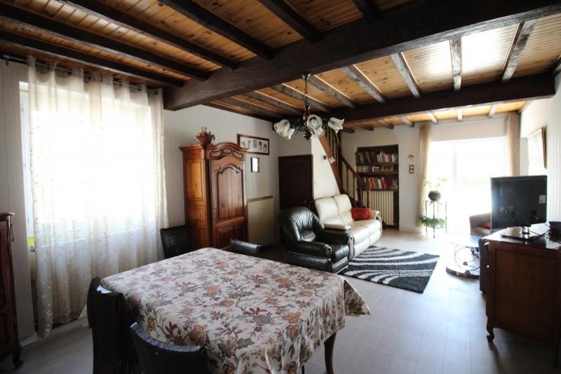 Vente maison / villa La tour du pin 210000€ - Photo 6