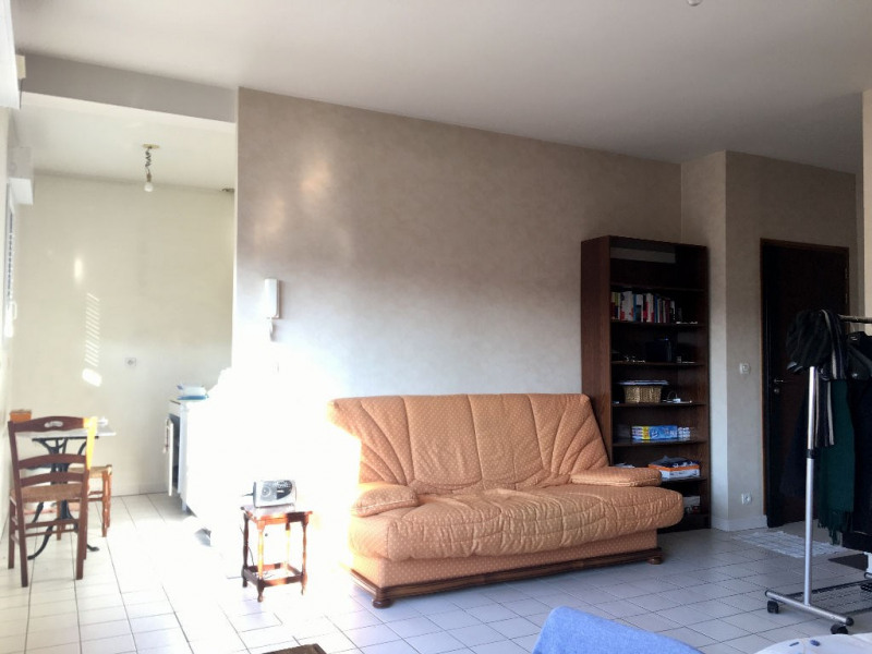 Vente appartement Beauvais 80 000€ - Photo 3
