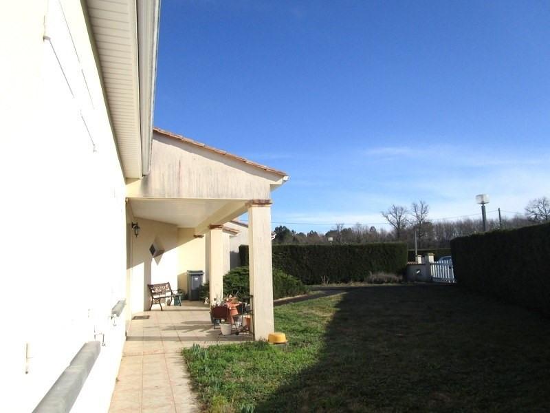 Sale house / villa Bussac foret 173000€ - Picture 3