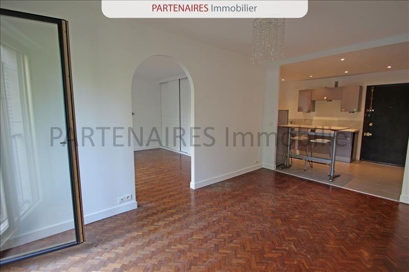 Rental apartment Versailles 1050€ CC - Picture 2