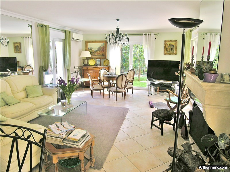 Deluxe sale house / villa Antibes 975 000€ - Picture 5