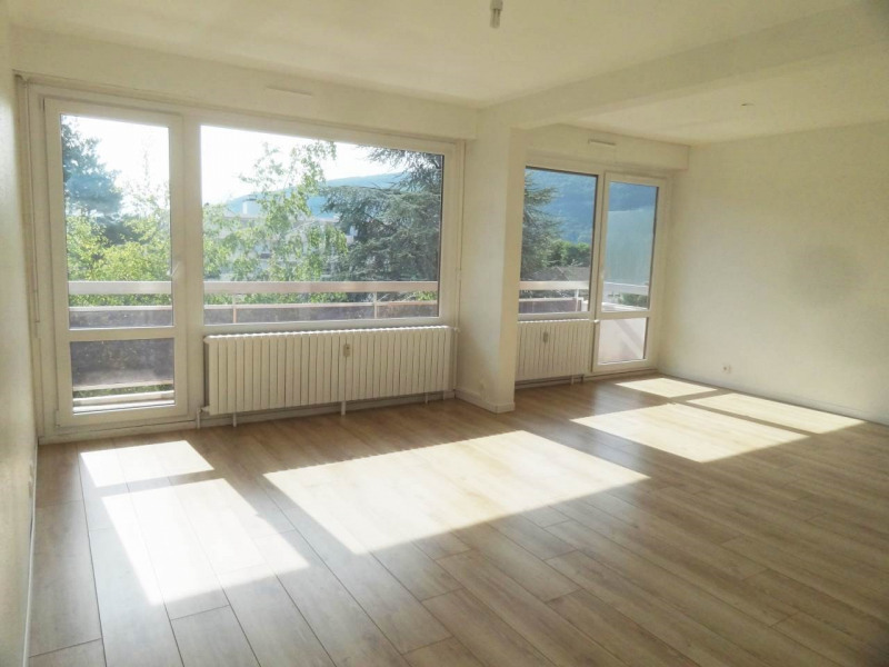 Sale apartment Gaillard 320000€ - Picture 1