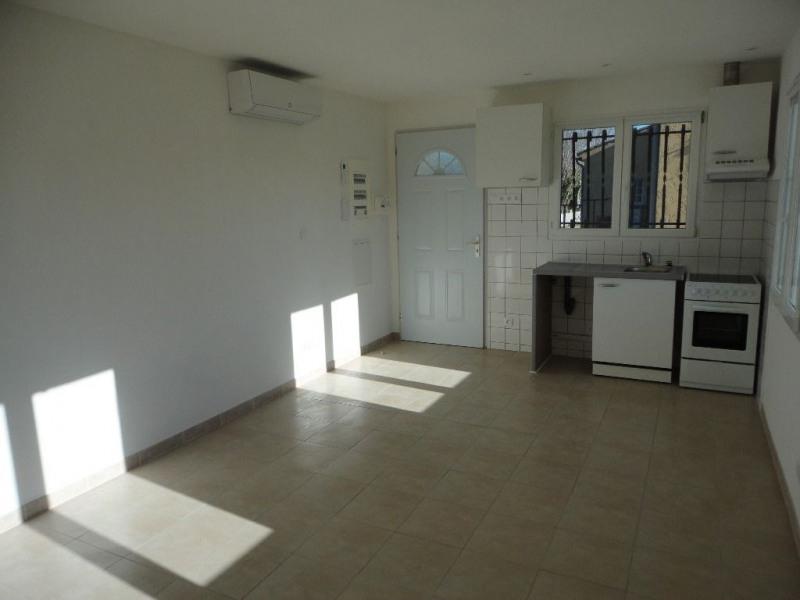 Rental apartment Entraigues sur la sorgues 460€ CC - Picture 11