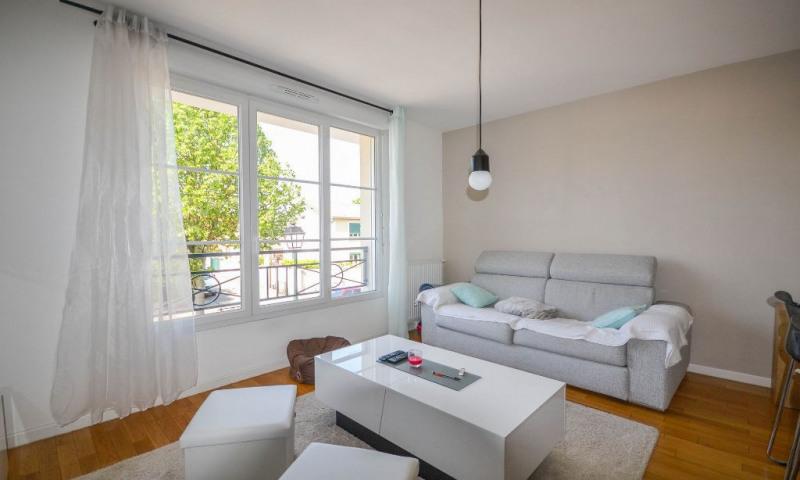 Sale apartment Les clayes sous bois 225000€ - Picture 4