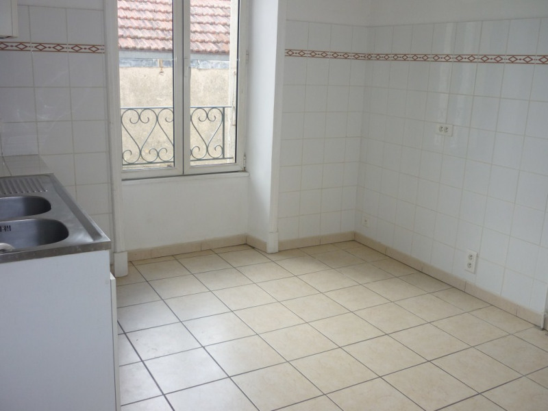 Location appartement Aubenas 531€ CC - Photo 3