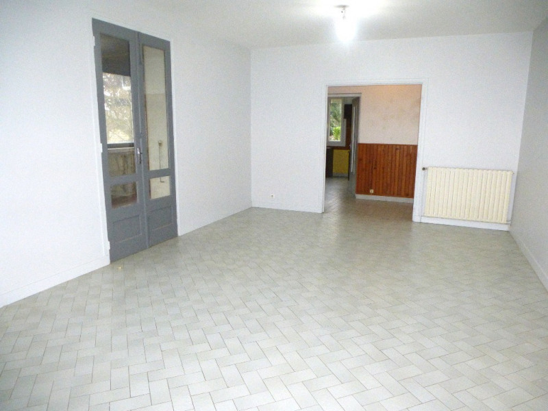 Location maison / villa Villeneuve-de-berg 850€ CC - Photo 4