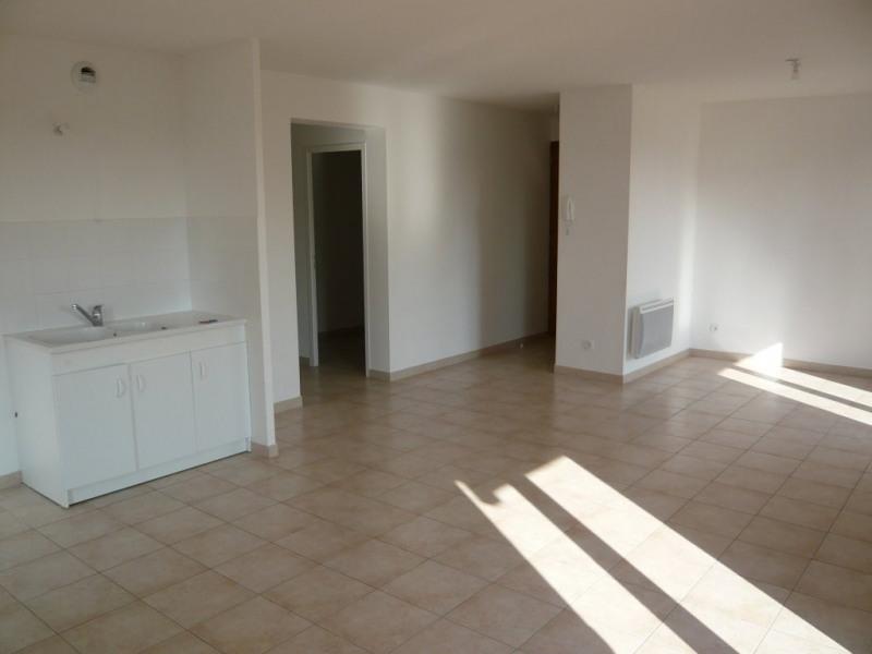 Sale apartment Sermerieu 156900€ - Picture 2
