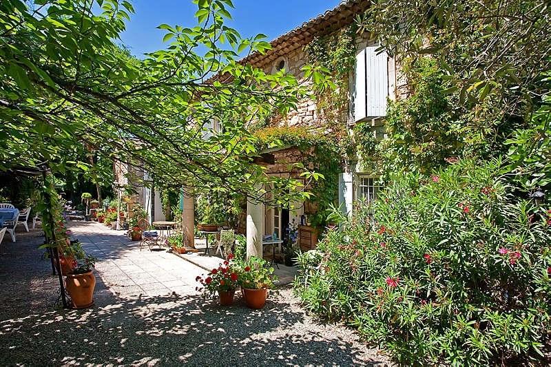 Vente de prestige maison / villa Goudargues 632000€ - Photo 1