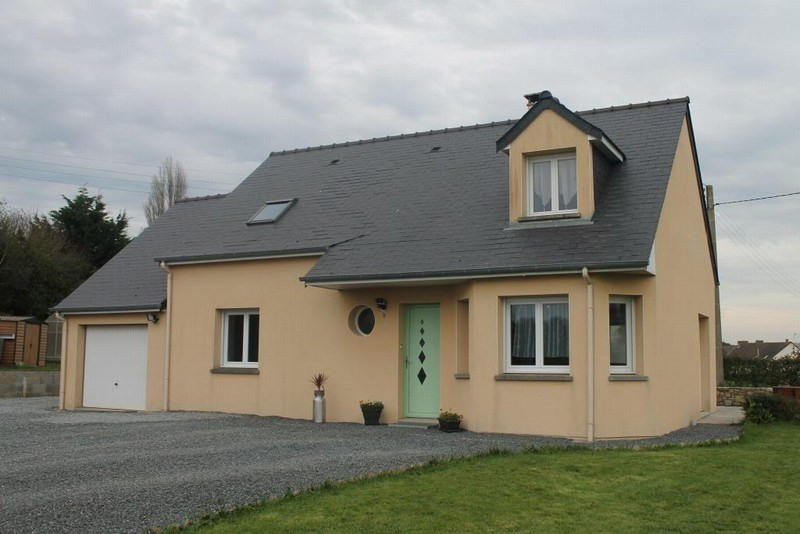 Sale house / villa Vesly 176000€ - Picture 1