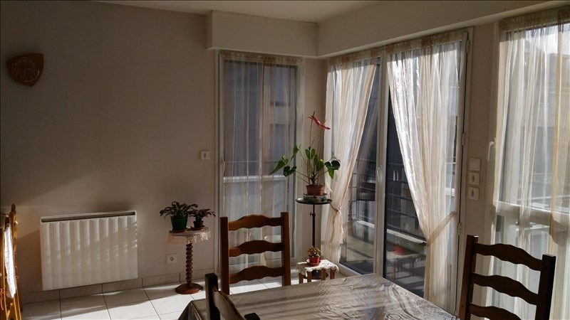 Rental apartment Janze 590€ CC - Picture 1