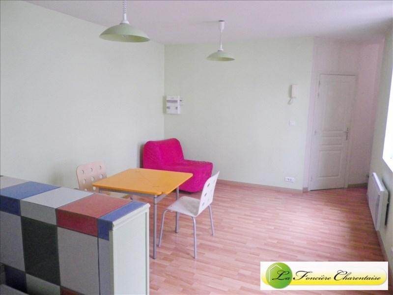 Location appartement Angouleme 460€ CC - Photo 2
