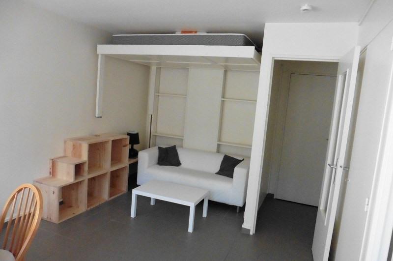 Rental apartment Paris 13ème 840€ CC - Picture 1