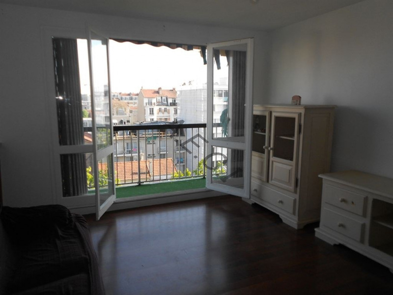 Sale apartment Asnieres sur seine 309000€ - Picture 8