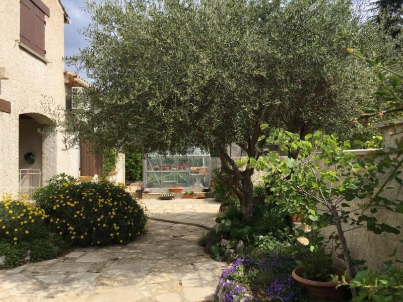 Sale house / villa Villeneuve les avignon 365000€ - Picture 5