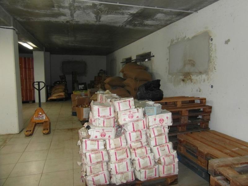 Sale empty room/storage St denis 299000€ - Picture 5