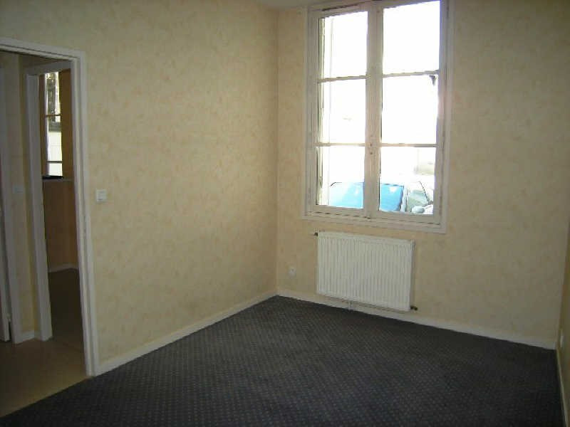Location appartement Chatellerault 316€ CC - Photo 4