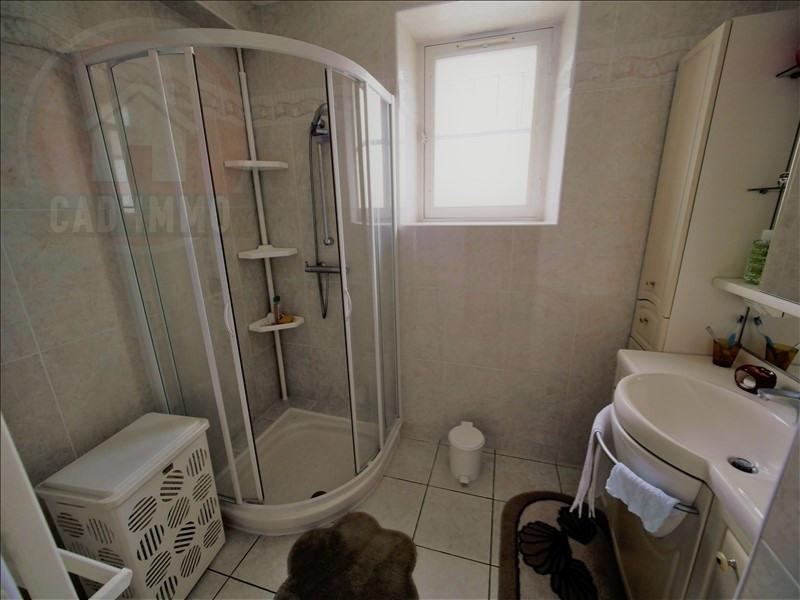 Sale house / villa Lanquais 181500€ - Picture 6
