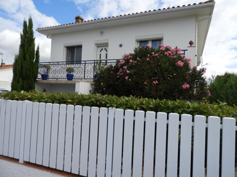Sale house / villa Vaux sur mer 397100€ - Picture 12