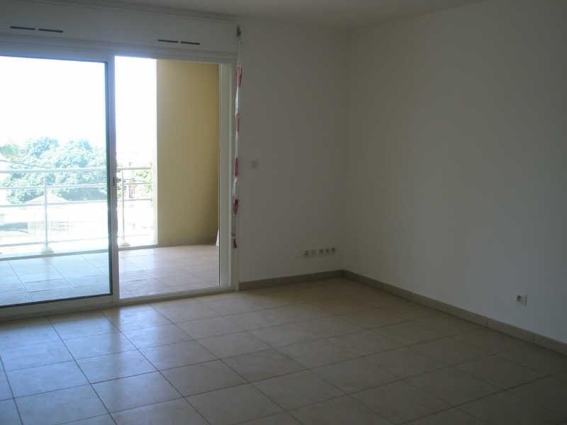 Location appartement St pierre 700€ CC - Photo 2