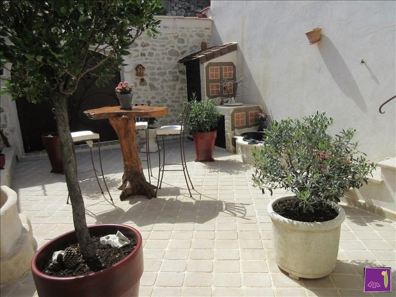 Vente maison / villa Uzes 304000€ - Photo 9