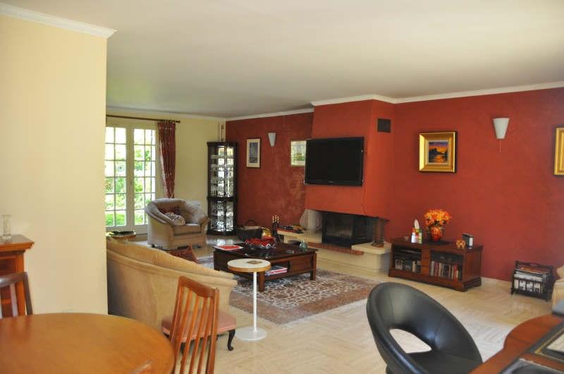 Sale house / villa St nom la breteche 735000€ - Picture 8