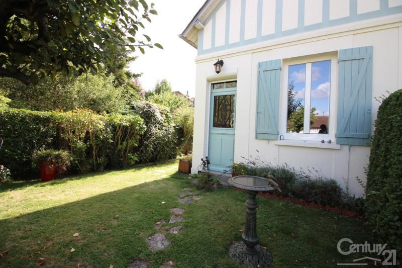 Revenda residencial de prestígio casa Deauville 575000€ - Fotografia 1