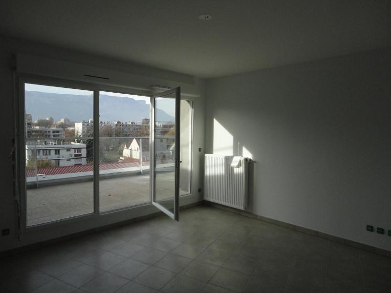 Location appartement Grenoble 667€ CC - Photo 3