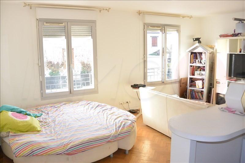 Sale apartment Le raincy 215000€ - Picture 2