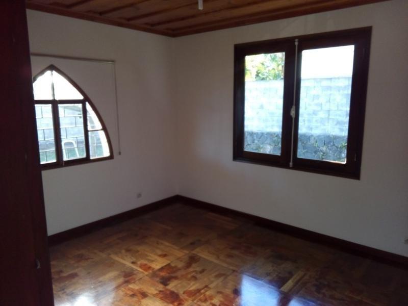 Rental house / villa Petite ile 1270€ CC - Picture 9
