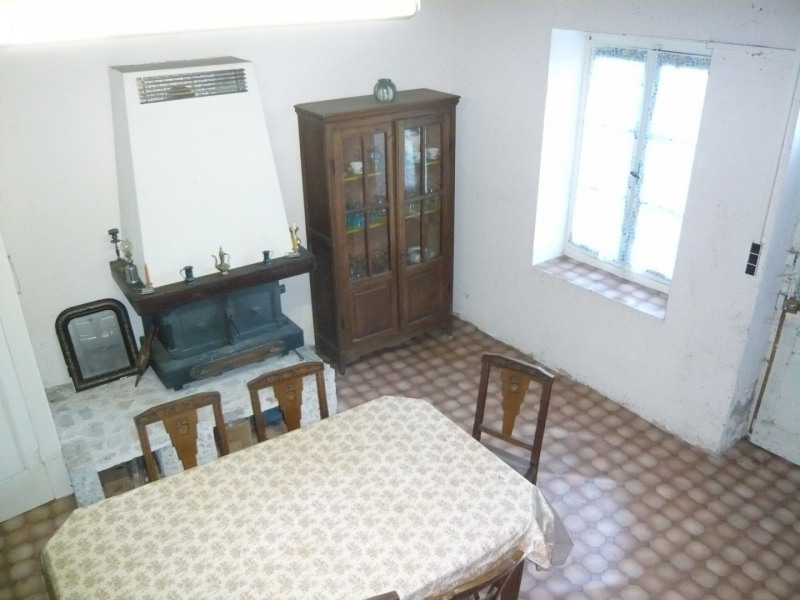 Vente maison / villa Briord 84900€ - Photo 3