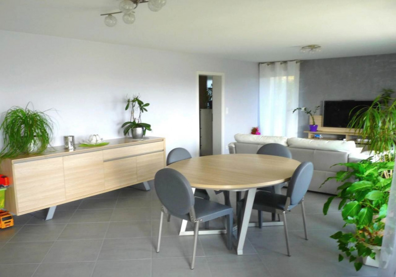 Sale apartment Pers-jussy 340 000€ - Picture 2