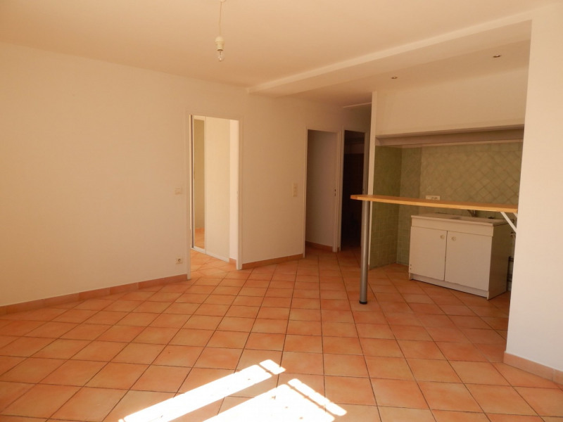 Sale apartment Salernes 157500€ - Picture 4