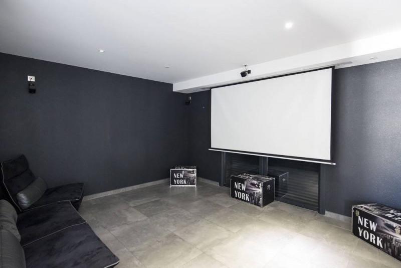 Deluxe sale house / villa Domazan 880000€ - Picture 9