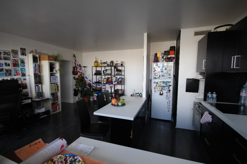 Sale apartment Paris 15ème 556 500€ - Picture 2