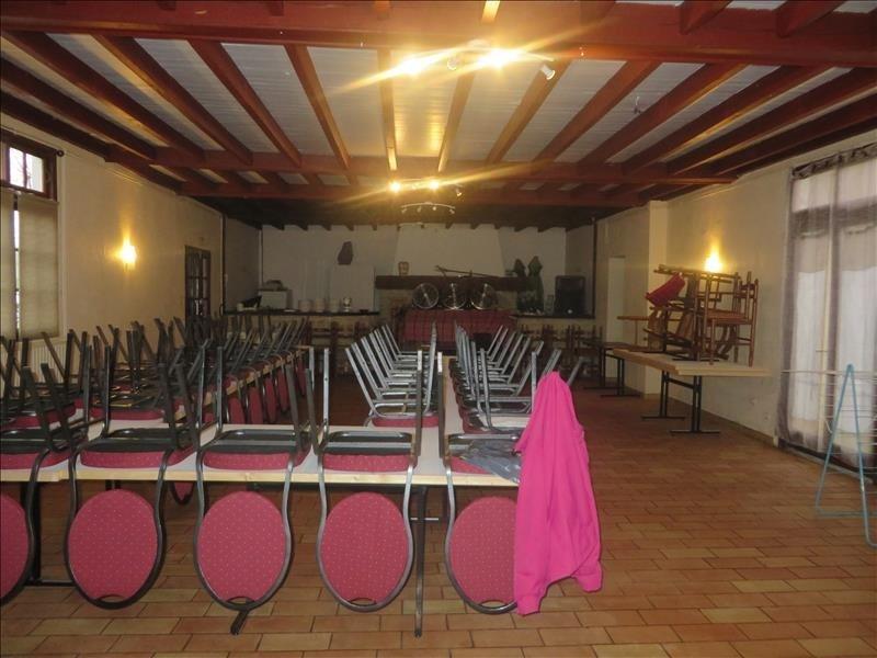 Sale empty room/storage Montpon menesterol 138000€ - Picture 3