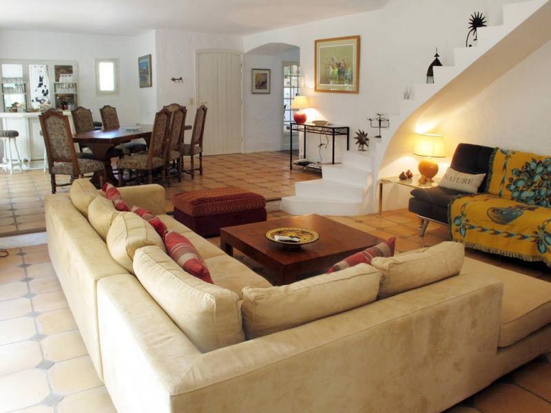 Vente maison / villa Bagnols-en-forêt 590000€ - Photo 9