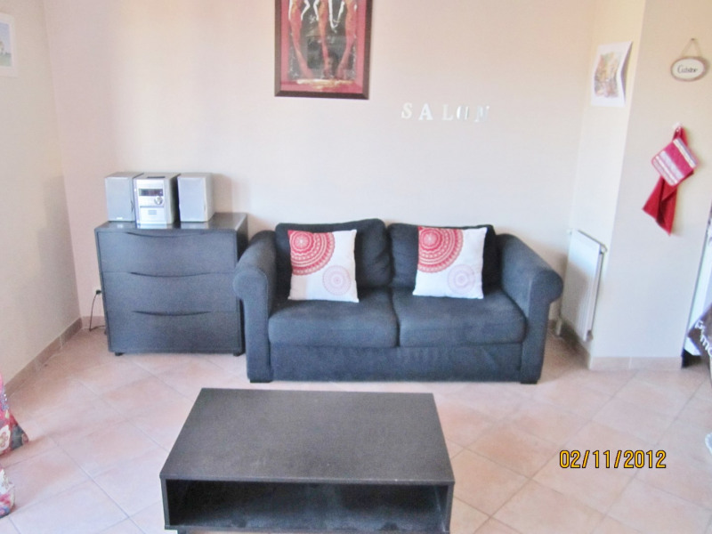 Location appartement Aubagne 550€ CC - Photo 2